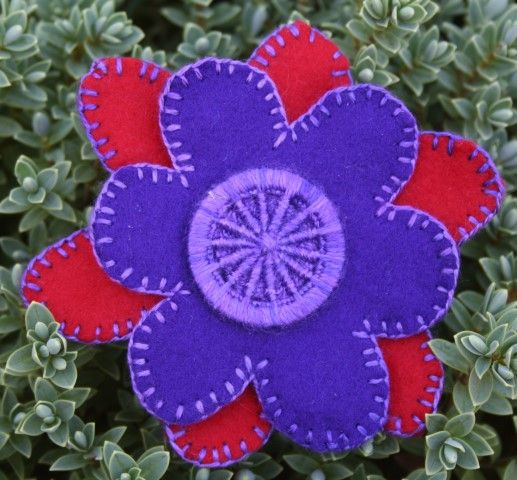 Dorset Button Sewing Kit - Flower Brooch, Purple and Red
