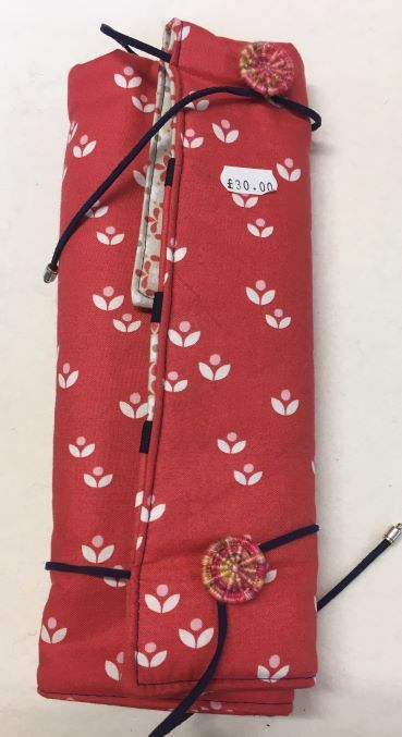 Fixed Circular Needle Roll Red Flowers